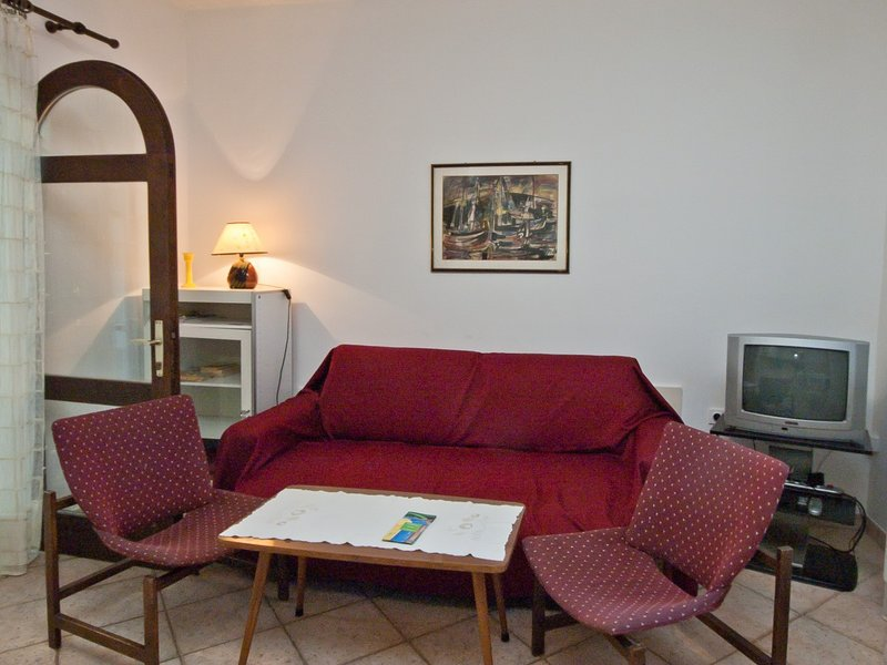 Holiday home 171867 - Holiday apartment 184251, holiday rental in Milcetici