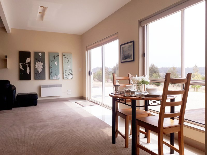 Rural Retreat near Hobart, vacation rental in White Beach