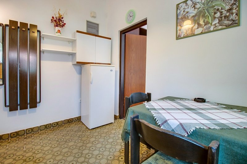 Holiday home 143240 - Holiday apartment 125336, vakantiewoning in Susak