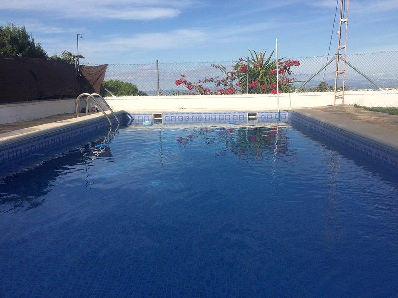 Casa de Campo en Estepa (Sevilla) con piscina, holiday rental in Santaella