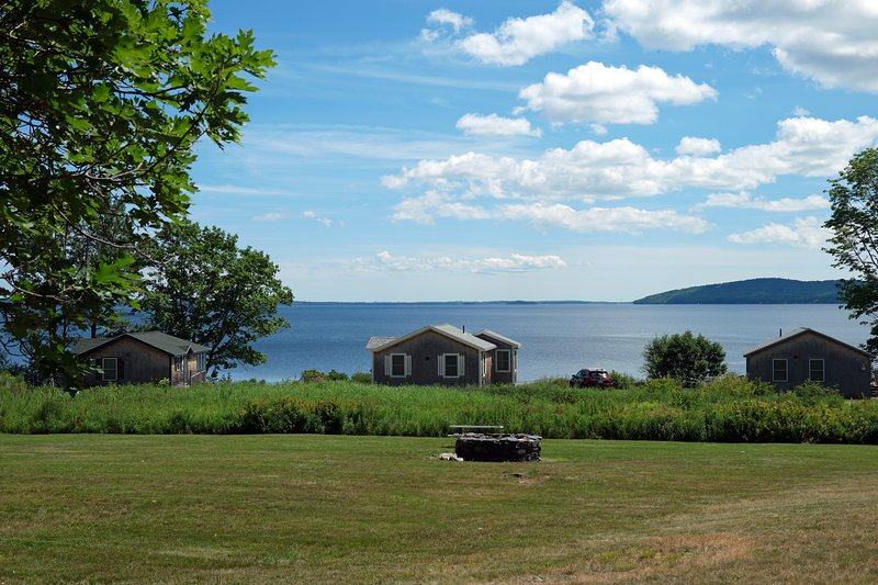 Ocean Front Cottage on Penobscot Bay, holiday rental in Searsport