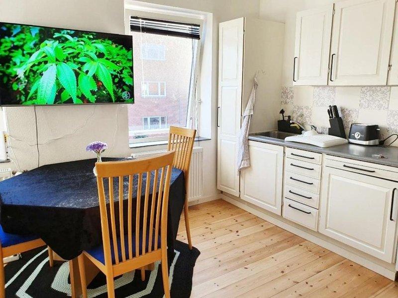 Struer Town Apartment, aluguéis de temporada em Lihme