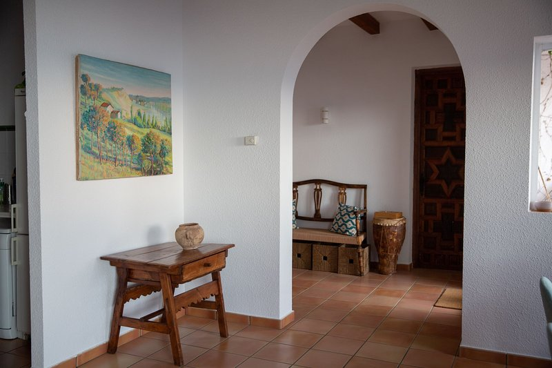 3 bedroom house with 2 terraces and stunning views in Segura de la Sierra, vacation rental in Beas de Segura