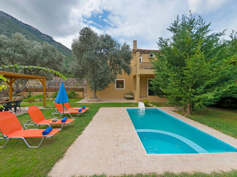 Pathos, holiday rental in Axos