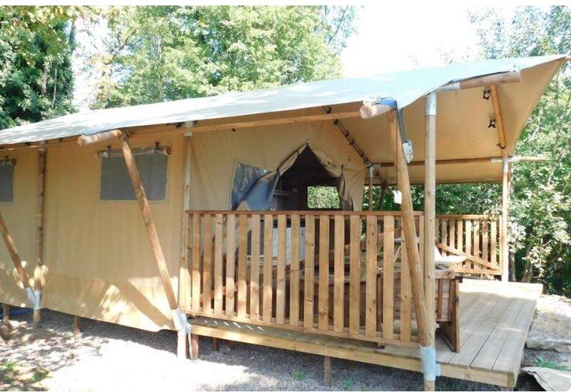 Lodges des grands Chênes, location de vacances à Recologne