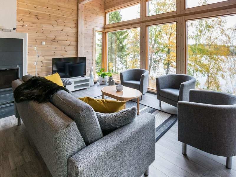 Villa kurki, vacation rental in Luopioinen