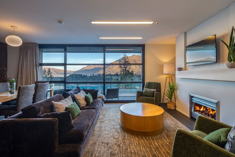 Panorama Tce Apartments Element Escapes, holiday rental in Queenstown