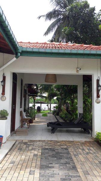 Villa 70C, holiday rental in Kaluwamodara