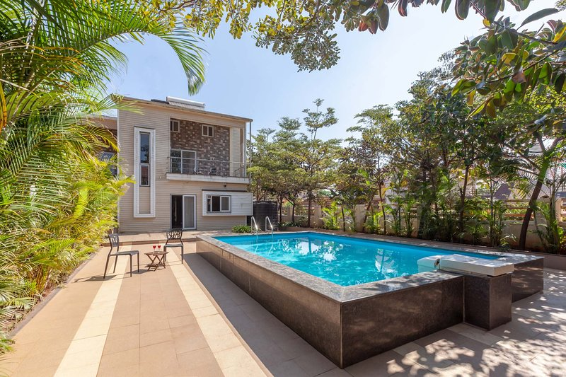 Apus by Vista Rooms, holiday rental in Panchgani