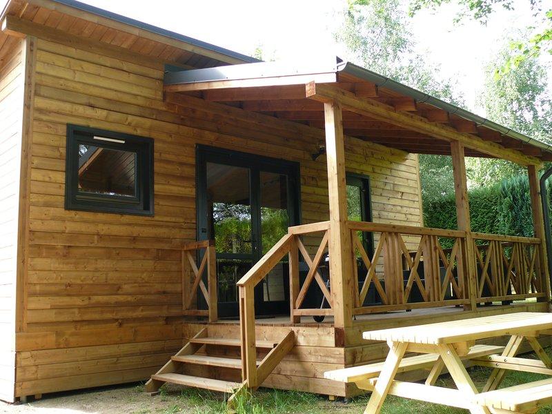Chalet Lynx, superbe résidence pour les amoureux, holiday rental in Lucenay-l'Eveque
