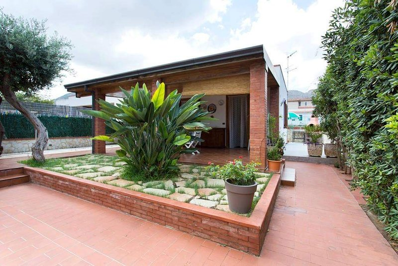 Casa Tritone, location de vacances à Sferracavallo