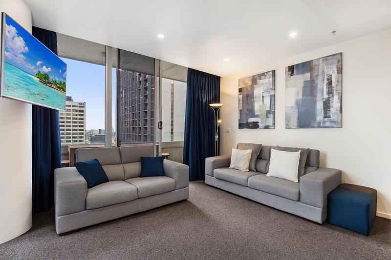 Central Melbourne CBD Apartment with Gym and Pool, holiday rental in Yarra Glen