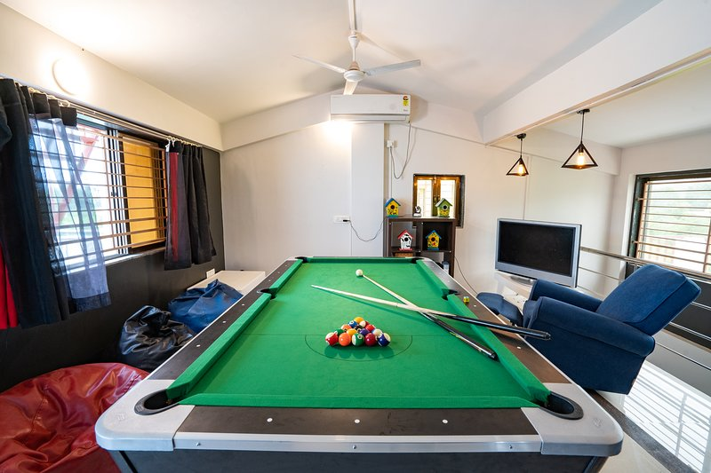 Leisurely Countryside Whispers, vacation rental in Wadawali