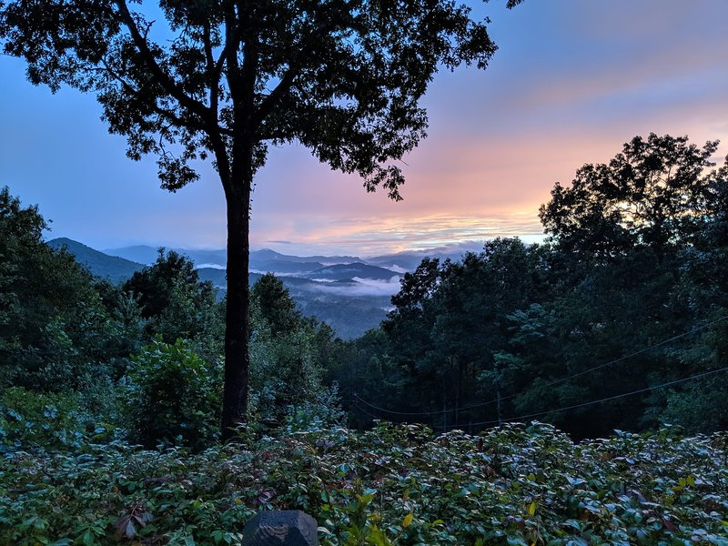 Retreat in the Sky...For Your Special Occasions..., holiday rental in Bryson City