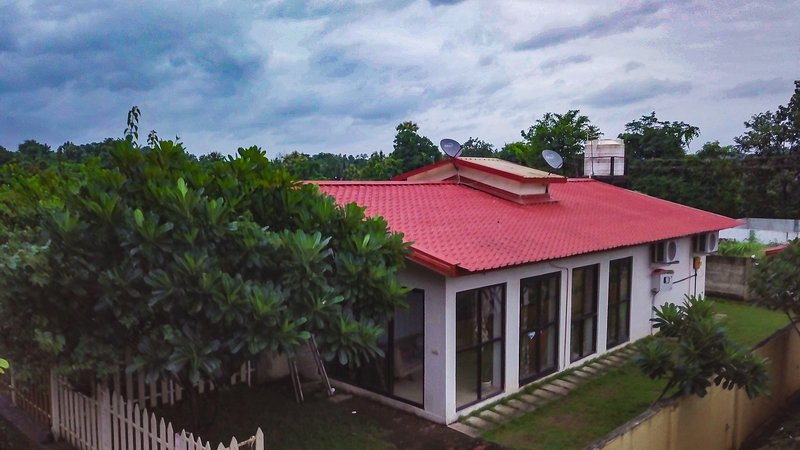 Leisurely Chalet Kawaii, vacation rental in Wadawali