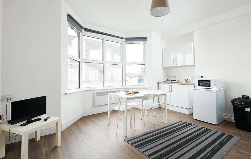 Flat 2 Charm, holiday rental in Wood Green