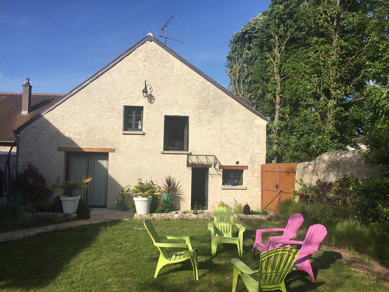 Maison de charme en bord de Loire, proximité Zoo de Beauval et châteaux, casa vacanza a Montlivault