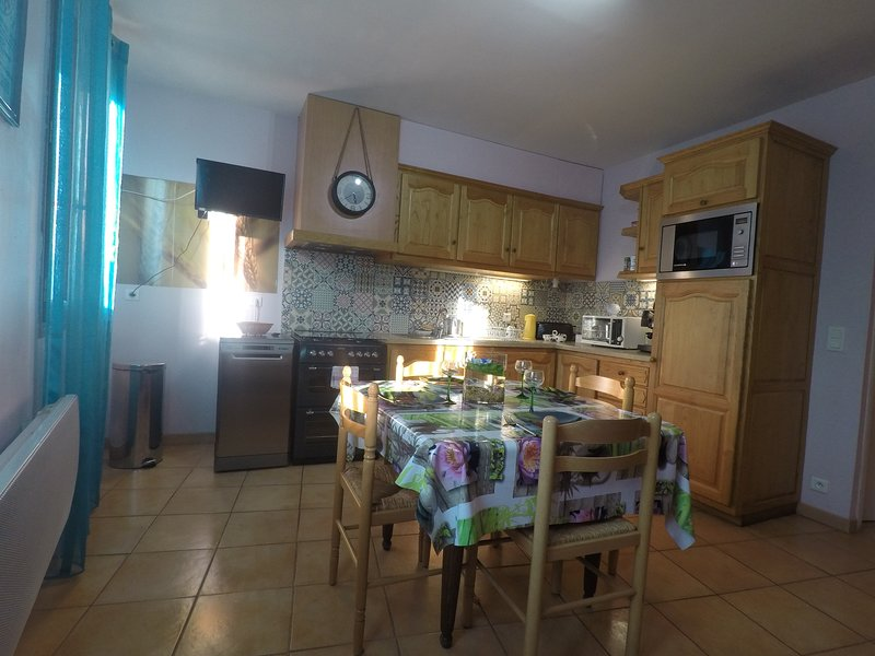 VACANCES ET CURES A CERET, vacation rental in Torderes