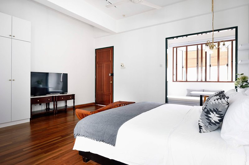 Mountbatten Suite In Heritage Shophouse Has Internet Access And Air Conditioning Updated 2020 Tripadvisor Singapore Vacation Rental