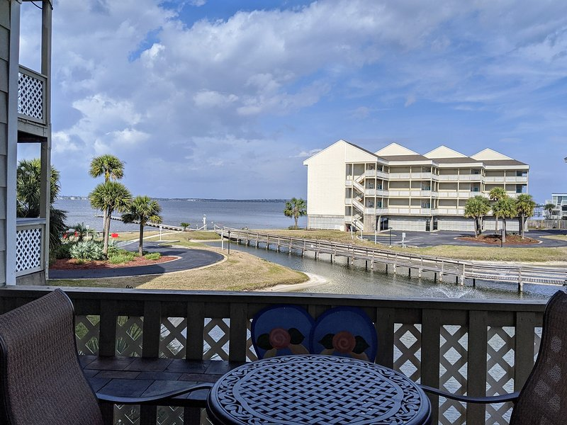 C4 - Steps to the Water – semesterbostad i Pensacola Beach