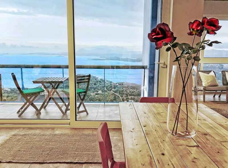 House Sienna, Corfiot Riviera. Panoramic Views! Corfu Greece, holiday rental in Agios Markos