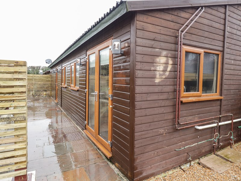 Sparrows Den Lodge, Winchelsea Beach, vacation rental in Icklesham