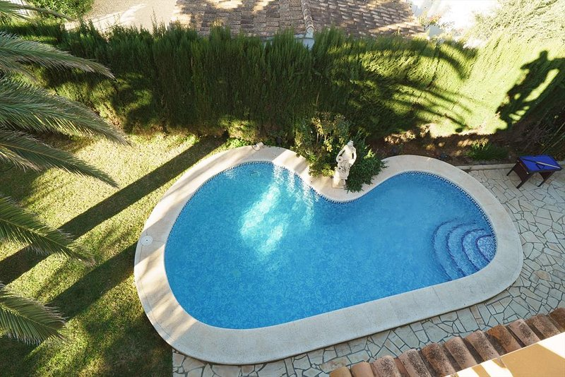 Stunning Villa with Private Pool & Roof Terrace – semesterbostad i El Verger