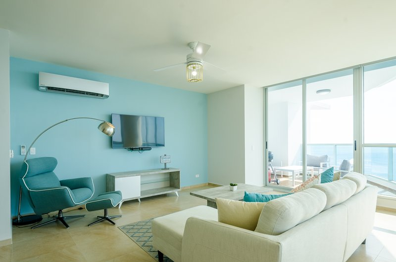 Sitting Pretty on the Beach, Gorgona 2 bd/2 bath, brand new direct ocean front!, alquiler vacacional en Chame