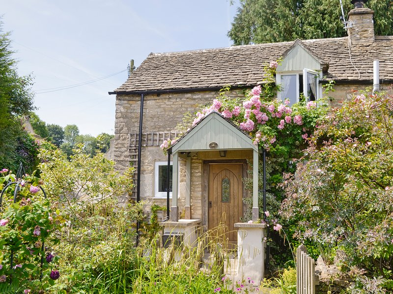 Folly Cottage, holiday rental in Tetbury