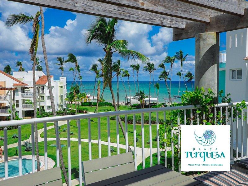 Oceanfront Luxury Penthouse, Playa Turquesa Ocean Club, vacation rental in Punta Cana