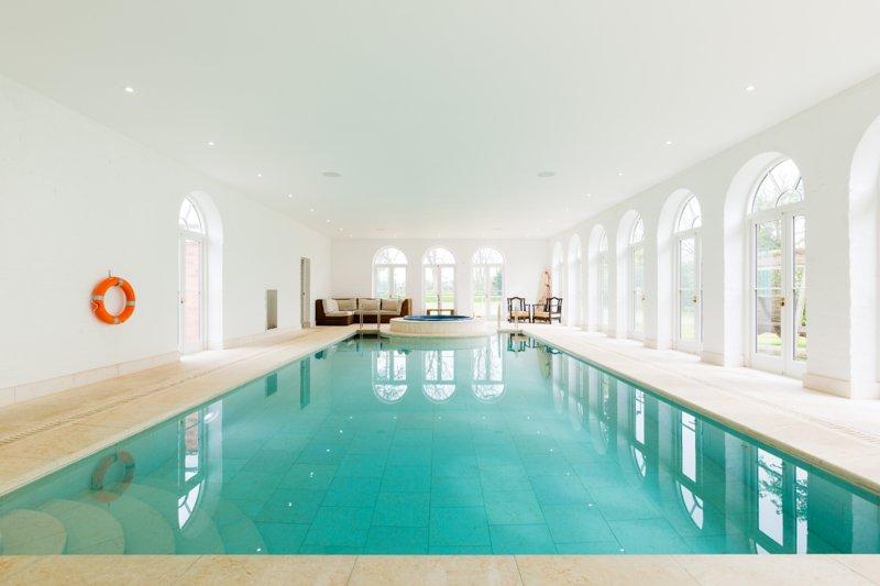 Well Furlong Luxury Cotswold Cottage with Pool and Tennis Court, aluguéis de temporada em Cropthorne
