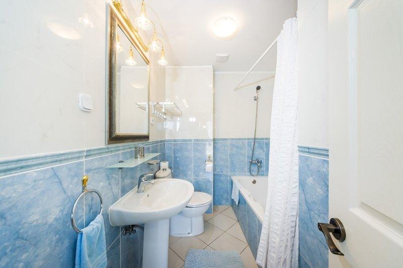 A7 3D (2 + 2): bagno con WC