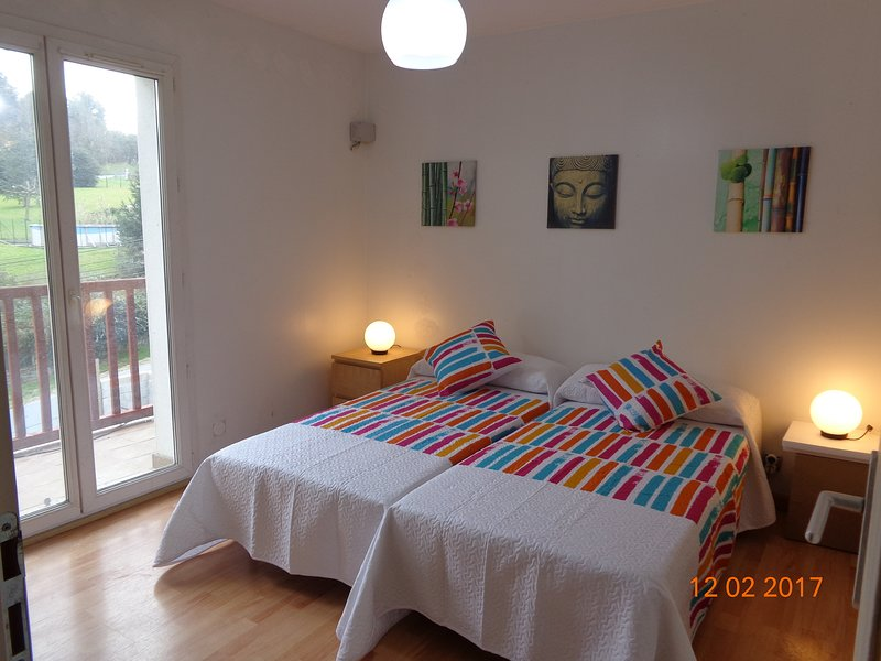 Casa Itsengabe (Suite independiente) - Urrugne, holiday rental in Urrugne