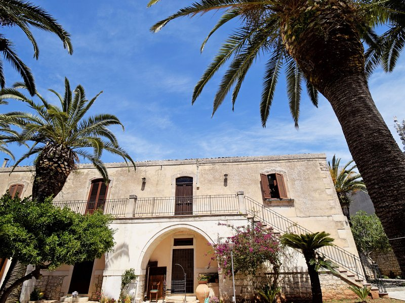 Antica Dimora Alchea, alquiler vacacional en Case Giurdanella