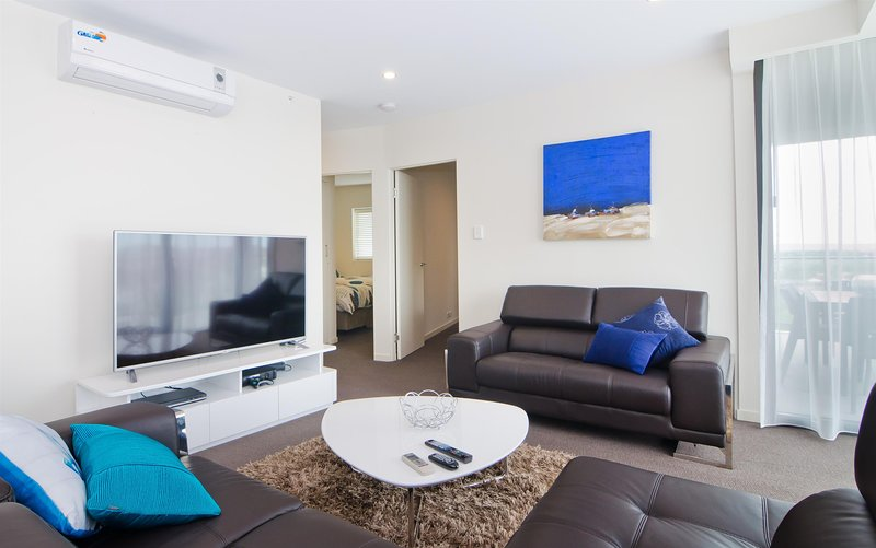 3 BR In Resort Style Complex Mins to Perth, holiday rental in East Victoria Park