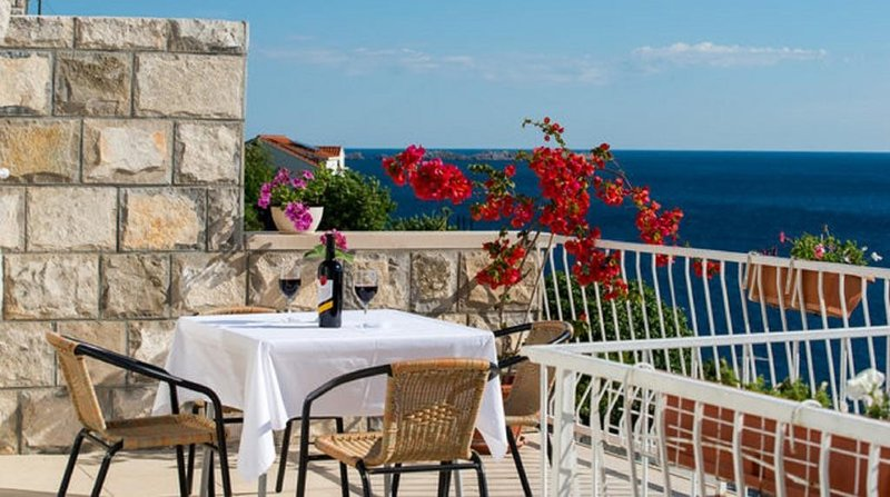 Apartments Matea - Two-Bedroom Apartment with Sea View and Balcony, casa vacanza a Stikovica