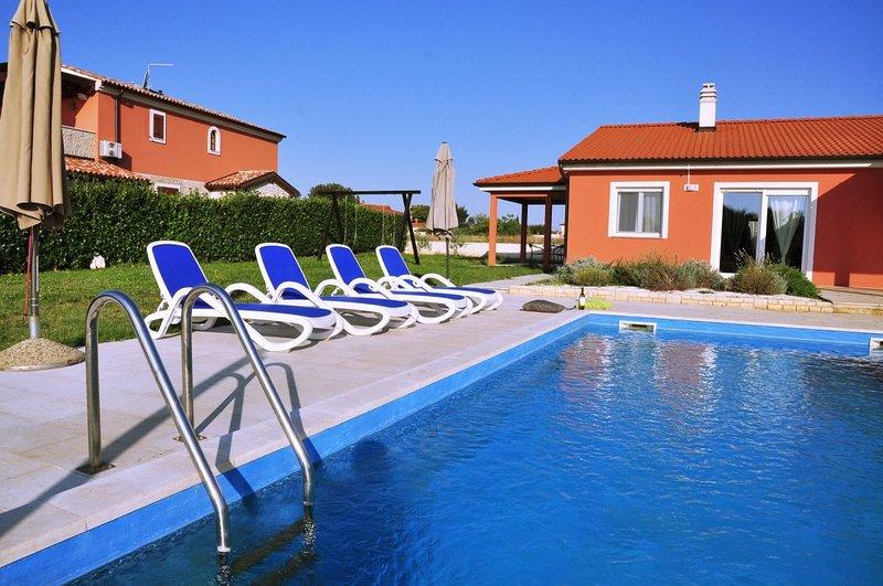 Villa Rebici - 7 guests, location de vacances à Rebici