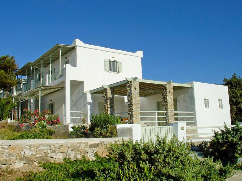 Michalis Apartment, location de vacances à Antiparos Town