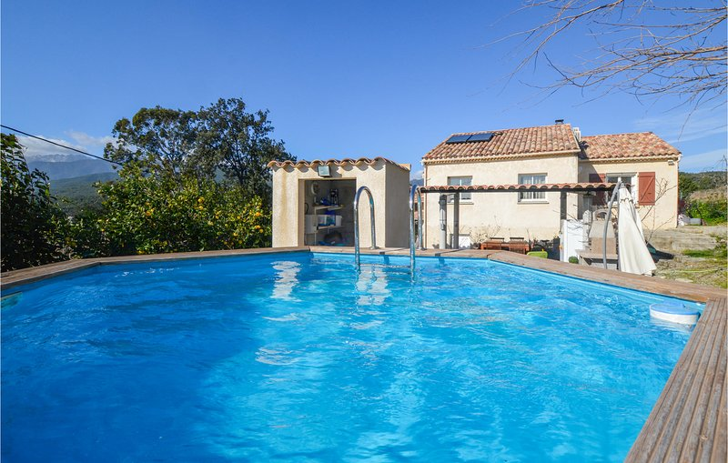 Beautiful home in Ghisonaccia with WiFi and 3 Bedrooms (FKO330), holiday rental in Aghione