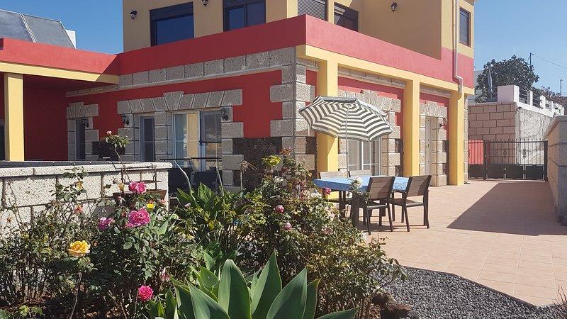 Holiday House El Lomo, pleasant, quiet location, vacation rental in San Miguel de Tajao