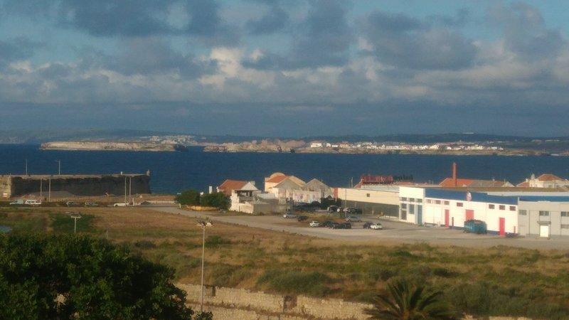 Peniche - From the Paradise of Berlengas to Fantastic Beaches, aluguéis de temporada em São Pedro