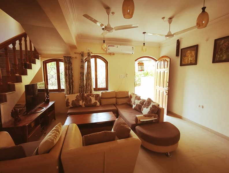 Perfect hideaway in peaceful Nerul, holiday rental in Marra
