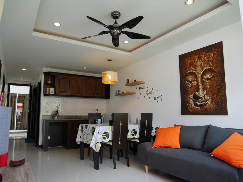2-Bedrooms Superior Apartment & Terrace, vacation rental in Lamai Beach