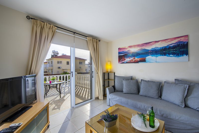 Ayia Napa Estelle Suite, holiday rental in Liopetri