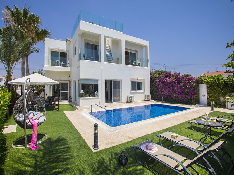 Villa Atlantis, holiday rental in Liopetri