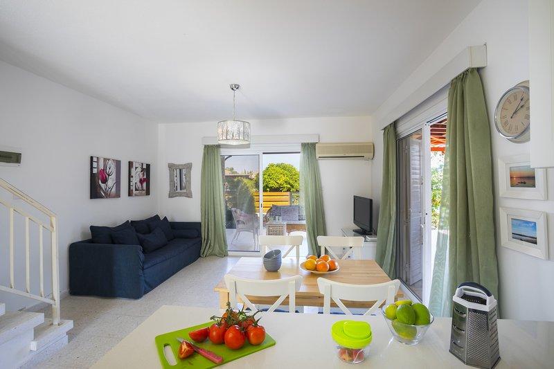Villa Marina 44 Kiti Beach, holiday rental in Pervolia