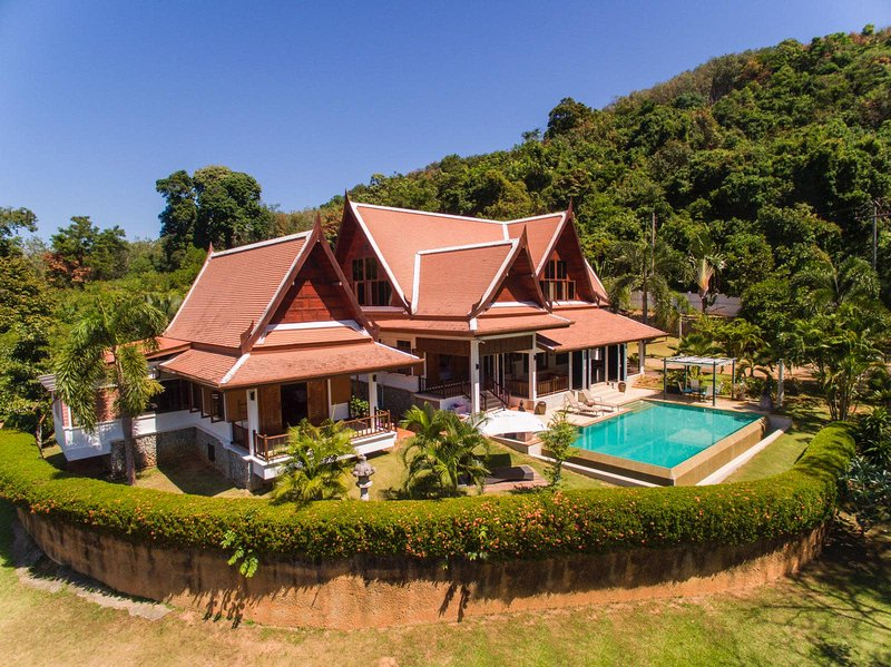 Private Luxury in Yamu Village, casa vacanza a Koh Kaew