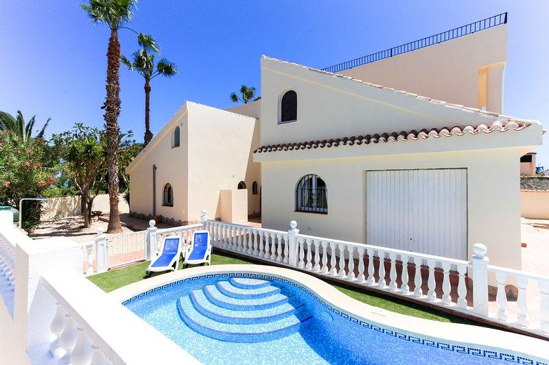 The Beach House Spain, casa vacanza a El Carmoli