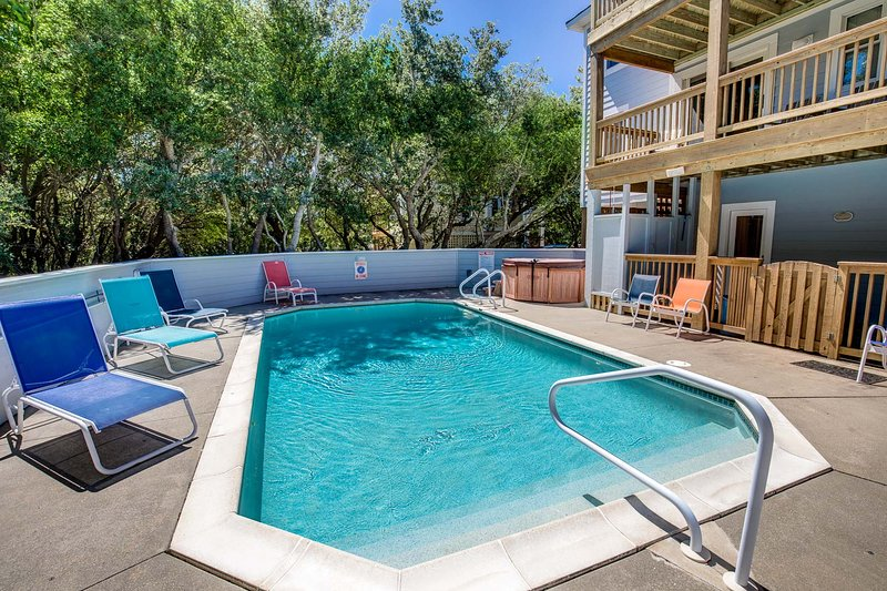 Duckaway Home | 993 ft from the beach | Private Pool, Hot Tub | Duck, holiday rental in Duck