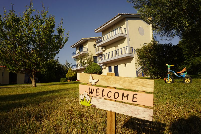 Villa Orama, location de vacances à Kalyves Polygyrou